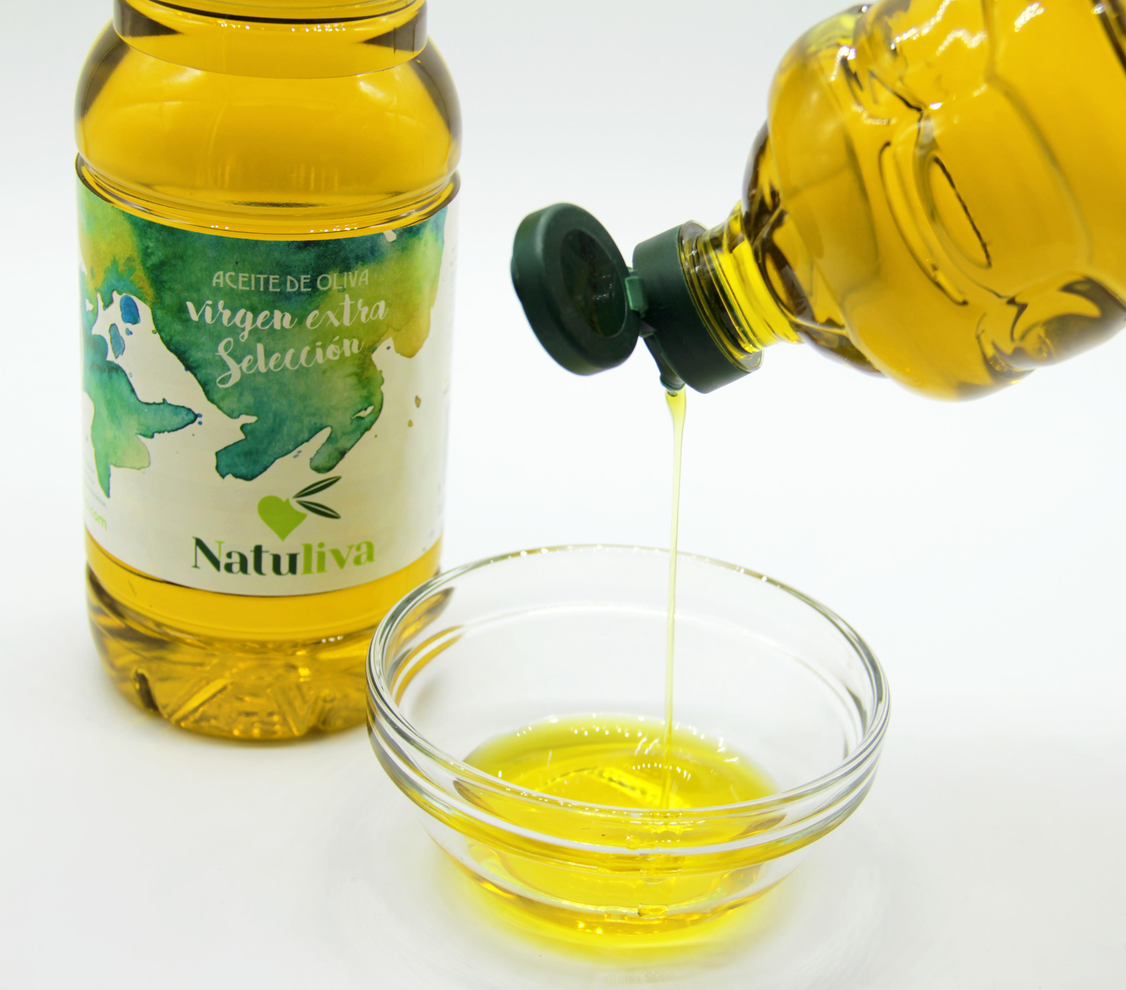 Un estudio demuestra que una dieta mediterránea rica en aceite de oliva ( Natuliva virgen extra, ecológico y licopeno) mejora el colesterol